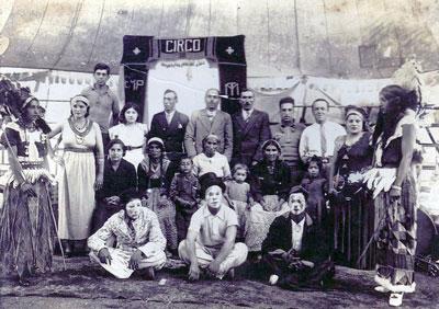 Familias de circo y artistas de la calle
