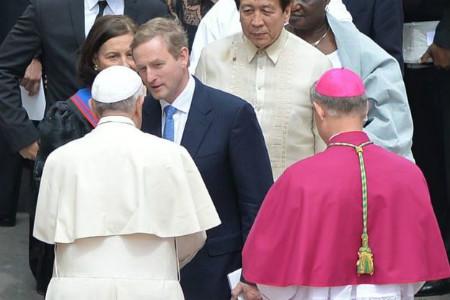 Enda Kenny y el Papa Francisco