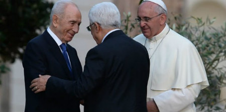 Papa Francisco, Abbas y Peres
