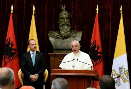 El Papa en Albania