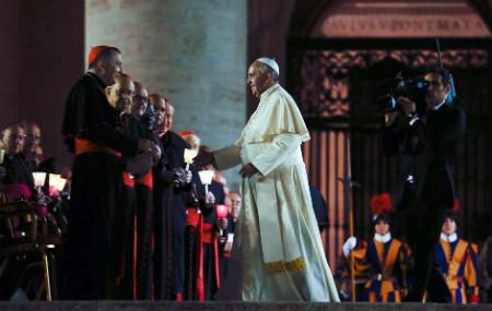 Papa vigilia Sínodo