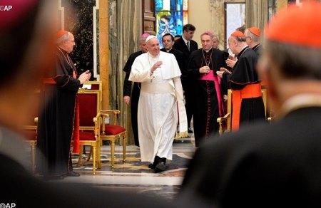Papa Francisco y las enfermedades curiales