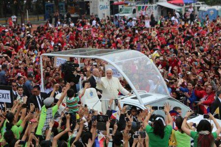 Francisco en Sri Lanca y Filipinas