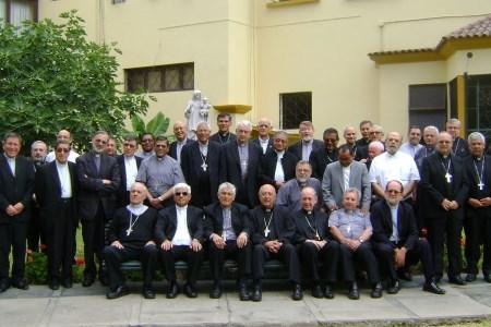 Mensaje por la paz de obispos del Perú