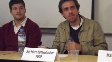 Rottenbacher y Schmitz, 2012, Democracia vs. neoliberalismo...