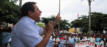 20110302-presidente regional de madre.jpg