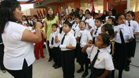 Ya funciona el primer colegio inclusivo para niños con discapacidad auditiva.  Fuente: elcomercio.pe