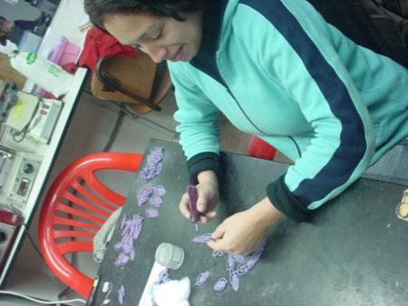 Rosa Antonia Morales Vizcarra, PCD trabajando en Acosta Stock.