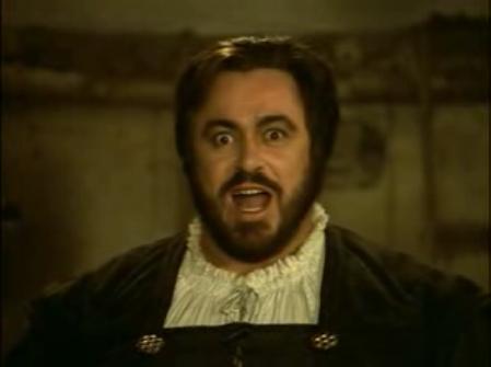 Pavarotti - Rigoletto La Dona e mobile fuente:http://youtube.com/watch?v=8A3zetSuYRg&mode=related&search=