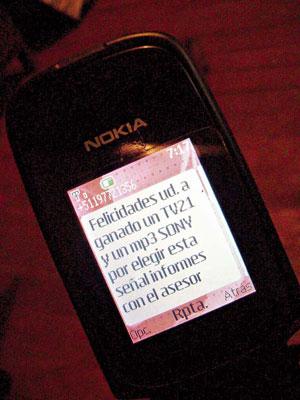 SMS enagañoso desde http://www.correoperu.com.pe/correocentro/huancayo/fotos/2008-02-5-13-1-mensajes-celular-WILY.jpg