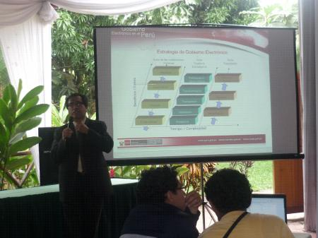 Oficina Nacional de Gobierno Electrónico e Informático del Perú expone en el XVII CONEIS