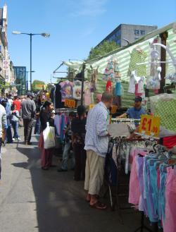 20130626-whitechapel_street_market__wikipedia.jpg