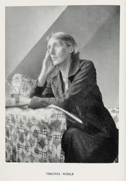 http://images.google.com.pe/images?ndsp=20&um=1&hl=es&q=Virginia+Woolf&start=0&sa=N