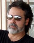 http://www.poetasdelmundo.com/verInfo_america.asp?ID=2764
