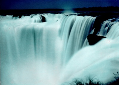 20110414-400_1238078042_gran-garganta-del-diablo-argentina.jpg